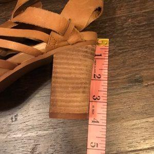 Steve Madden Shoes - 🚨3/$20🚨🍂FALL HEELED SANDAL 👡 NWOT